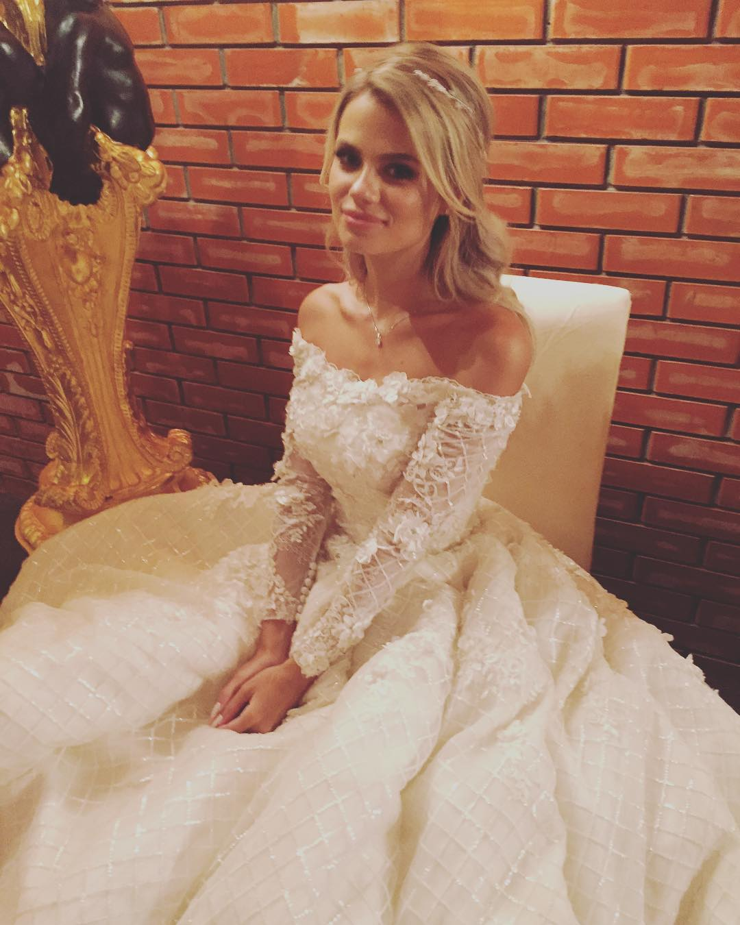 Жена никиты преснякова фото со свадьбы