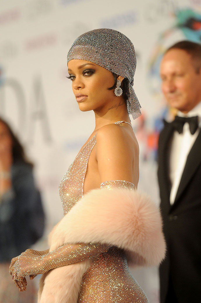 NEW YORK, NY - JUNE 02: Rihanna attends the 2014 CFDA fashion awards at Alice Tully Hall, Lincoln Center on June 2, 2014 in New York City. (Photo by Jamie McCarthy/WireImage)
