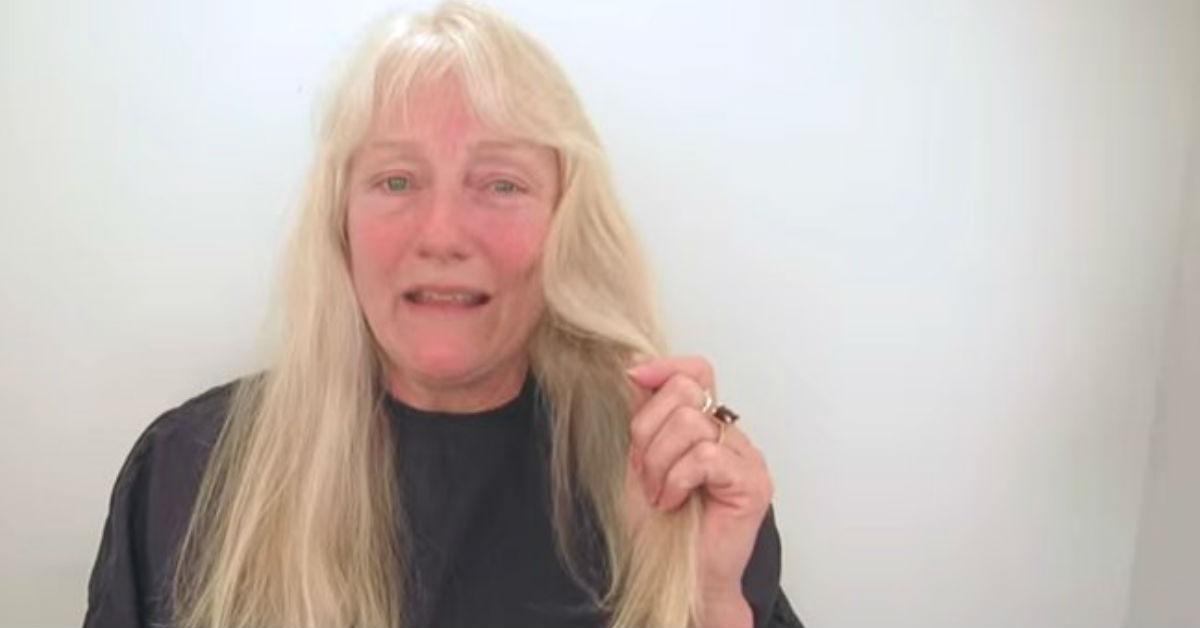 Ilgaplaukei moteriai – griežtas kirpėjo nuosprendis: pamatykite, kaip klientė atrodo dabar
